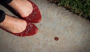 Trovare Soldi Sulla Strada ha Un Profondo Significato Spirituale