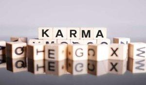 Le 12 Leggi del Karma che Cambieranno la Tua Vita