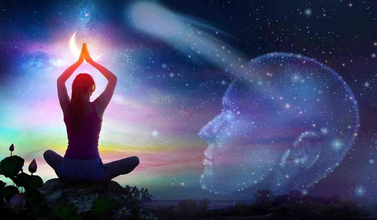 Tecnica di Meditazione Semplice per Raccogliere l'Energia dell'Universo