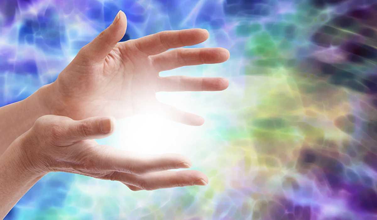 4 Pratiche di Auto-Cura Spirituale per i Praticanti di Energia