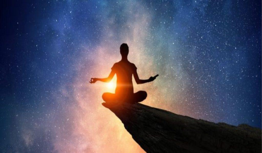 7 Tipi di Risvegli Spirituali che Potresti Sperimentare Durante Tutta la Tua Vita Umana
