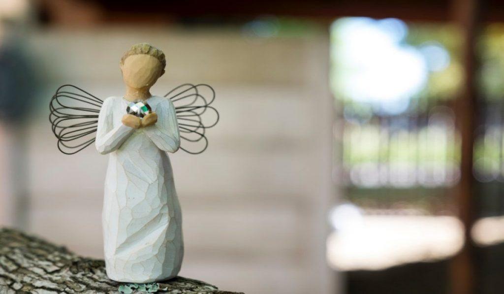 I Numeri degli Angeli più Comuni e Perché li Vedi Costantemente
