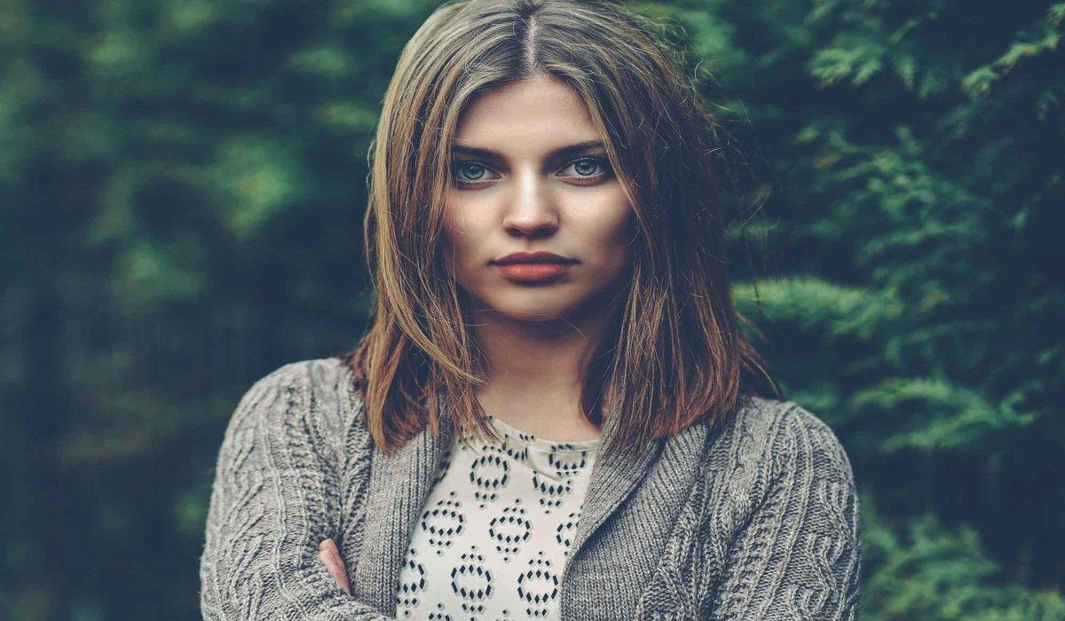 8 Segni di Una Forte Personalità che Potrebbe Spaventare Alcune Persone
